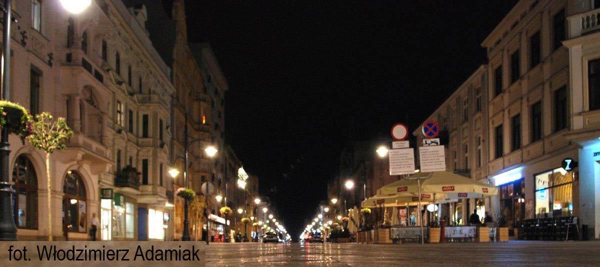 2.Ulica-Piotrkowska-nocą