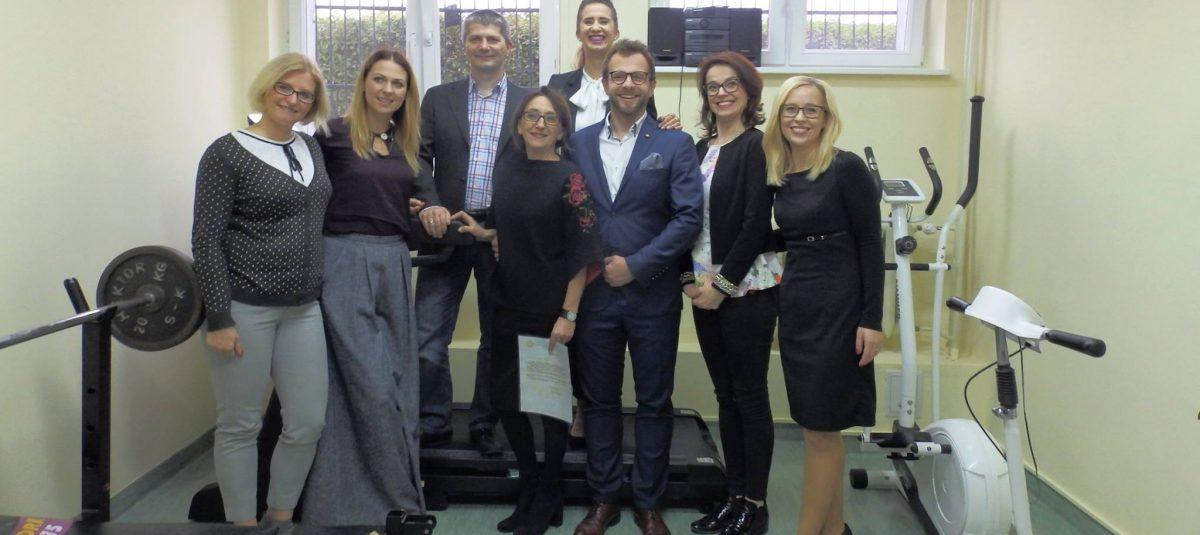Olsztyńscy Rotarianie wyposażyli salę rehabilitacyjno-sportową