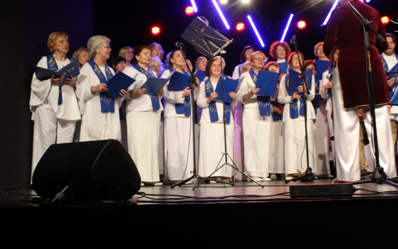 Pieśni świata i kolędy w Jeleniej Górze