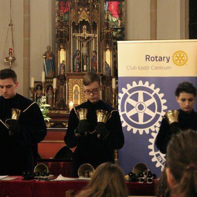 Koncert Dzwonków w kośc. katolickim w Uelsen
