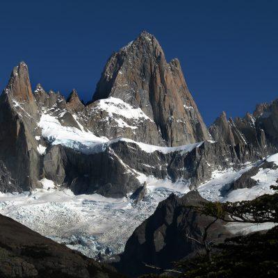 Patagonia. Piramidy skalne Torres del Paine