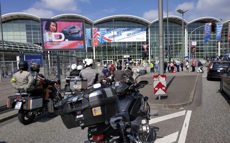 Rotarianie na motocyklach w Hamburgu