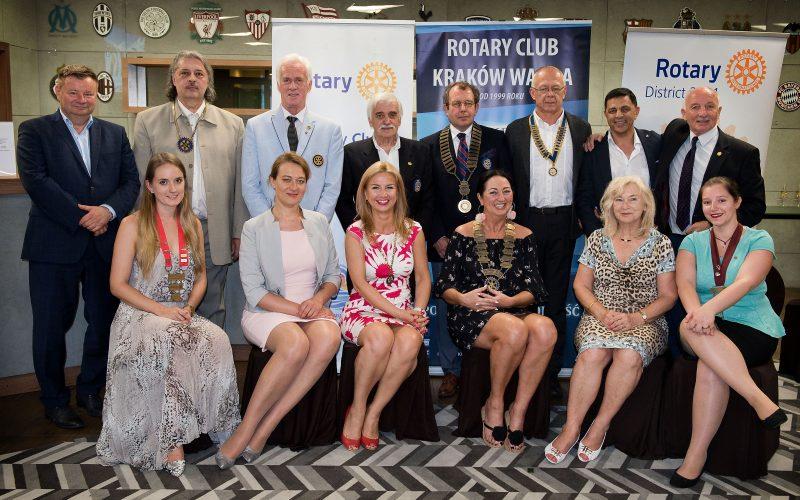 Przekazanie służby w krakowskich klubach Rotary