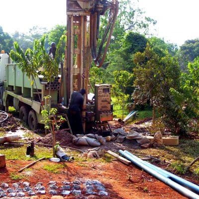 wiercenie studni w Kamerunie