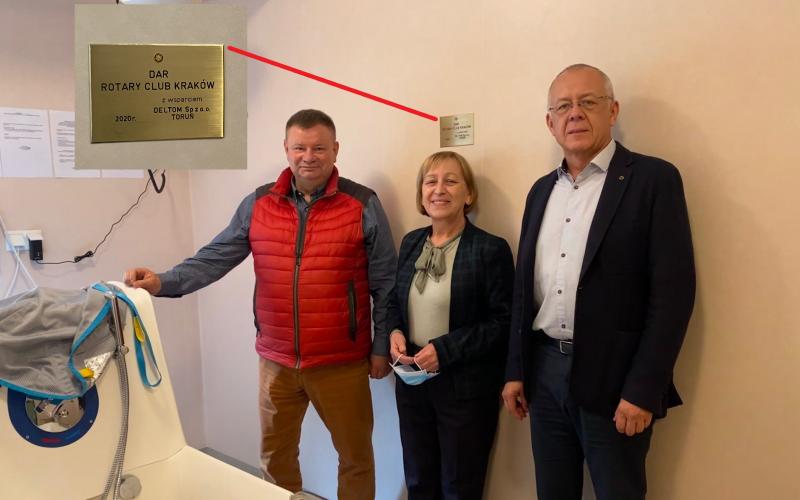 RC Kraków pomaga seniorom