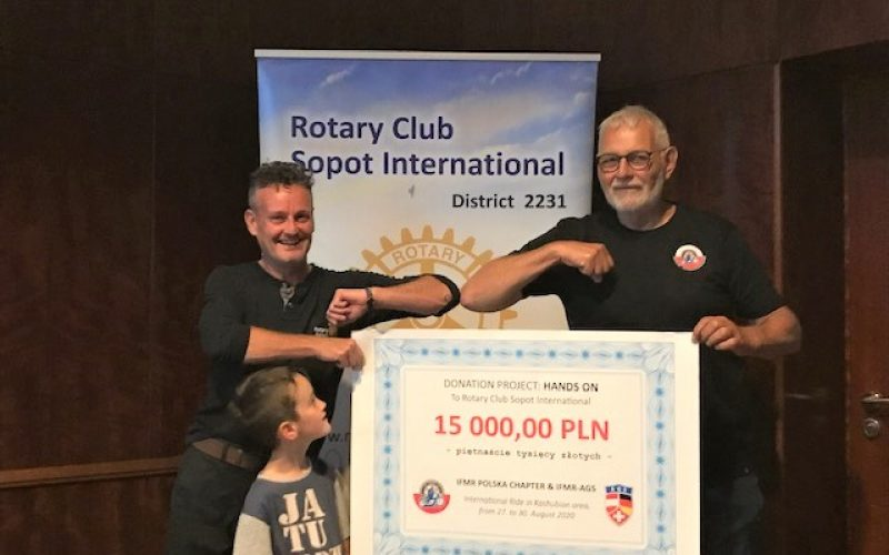 Rotarianie motocykliści dla projektu HandsOn